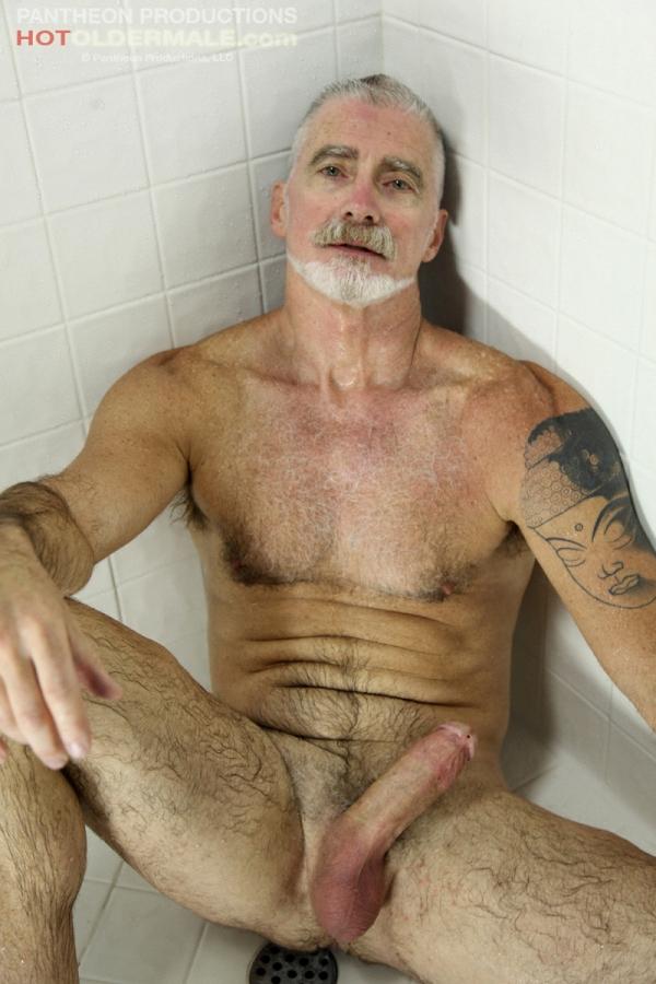 Sexy nude irish men