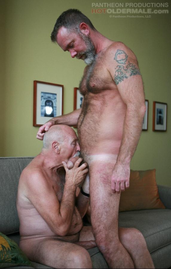 Gay daddies blow job